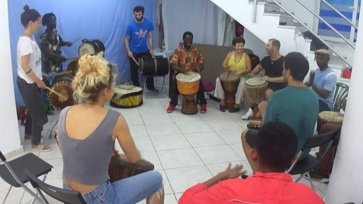 Κάθε Κυριακή 12:00 Djembe workshop with Dauda Conteh
